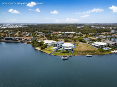 Sensational Waterfront Living - Ultimate Family Dream Home - Ocean Access
