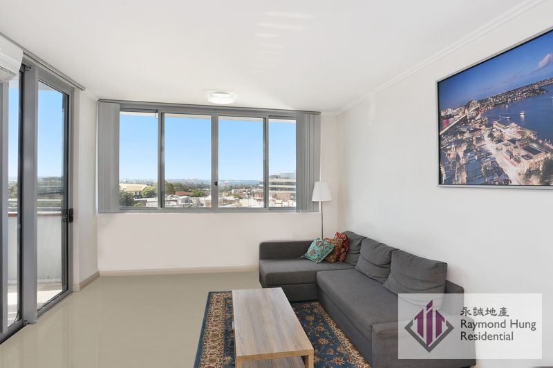 Conveniently Located Two Bedroom with Water Views AUCTION CANCELLED