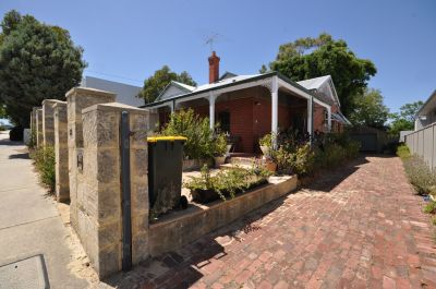 HOME OPEN SATURDAY 19TH JANUARY 10:30AM - 10:45AM