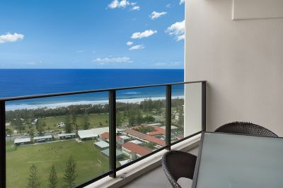 ELITE BROADBEACH APARTMENT