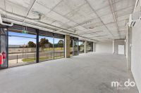 142 Sqm Shop, Showroom Or Office With Massive 19 Metre Glass Frontage! Major Retail and Medical Hub | Ready to Occupy Now