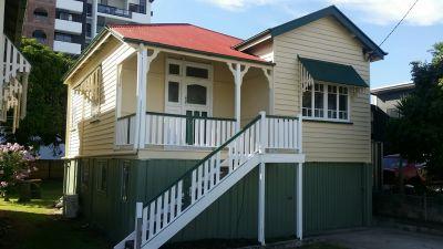 NUNDAH, QLD 4012