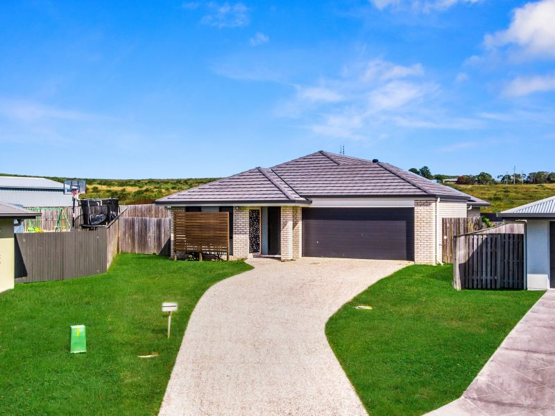 24 Bay Breeze Close Wondunna, Qld