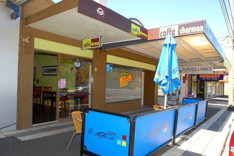 Retail Shop + Dwelling with Development Potential (STCA)
