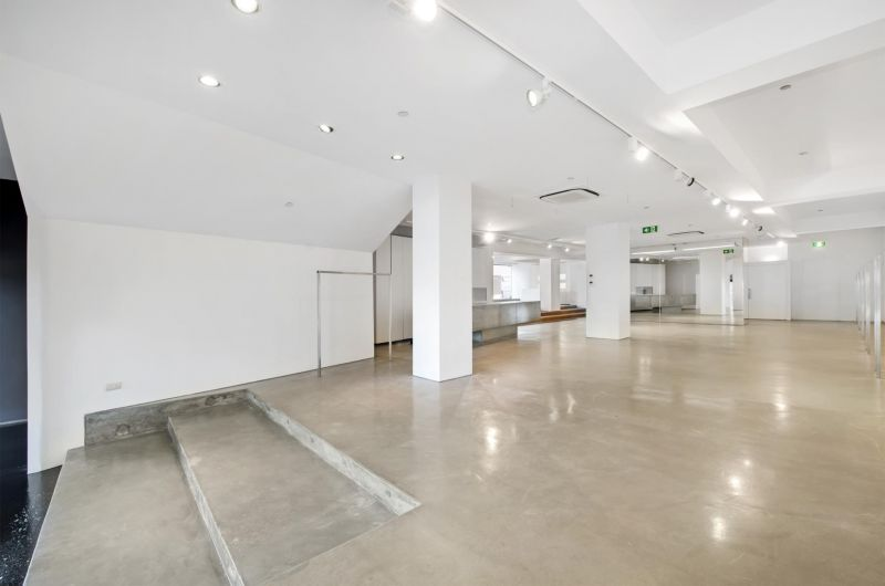 Ideal retail preferred / Nett rent tenant contributes to outgoings!