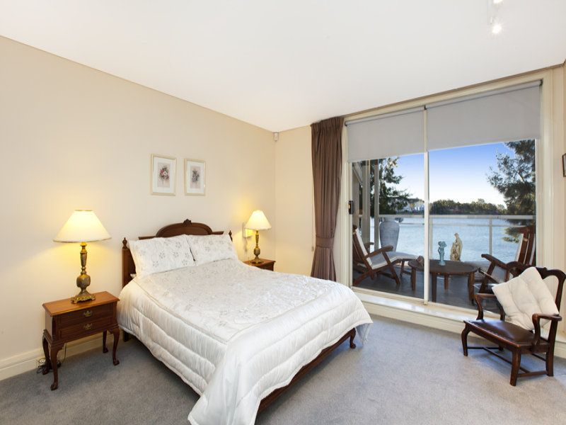 4H/162 Burwood Road Concord 2137