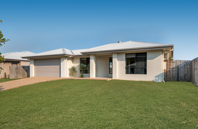 PROPERTIES IN THIS AREA OF MOUNT LOUISA ARE SELLING FAST. DON'T MISS OUT ON THIS GREAT FAMILY HOME