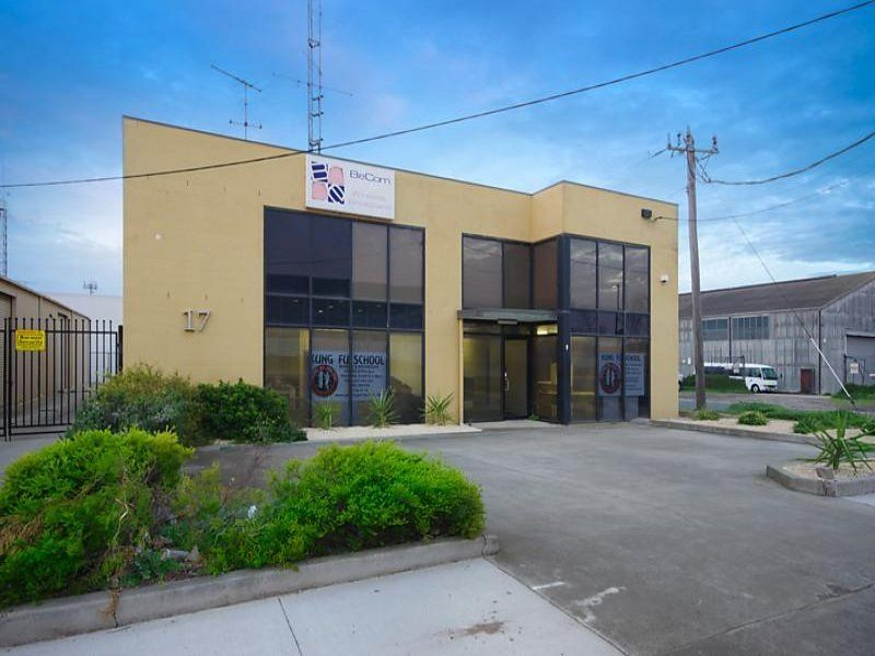 17 The Boulevard North Geelong