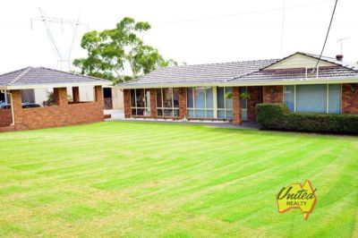 THREE BEDROOM HOME PLUS GRANNY FLAT ON APPROX. 5.5 ACRES