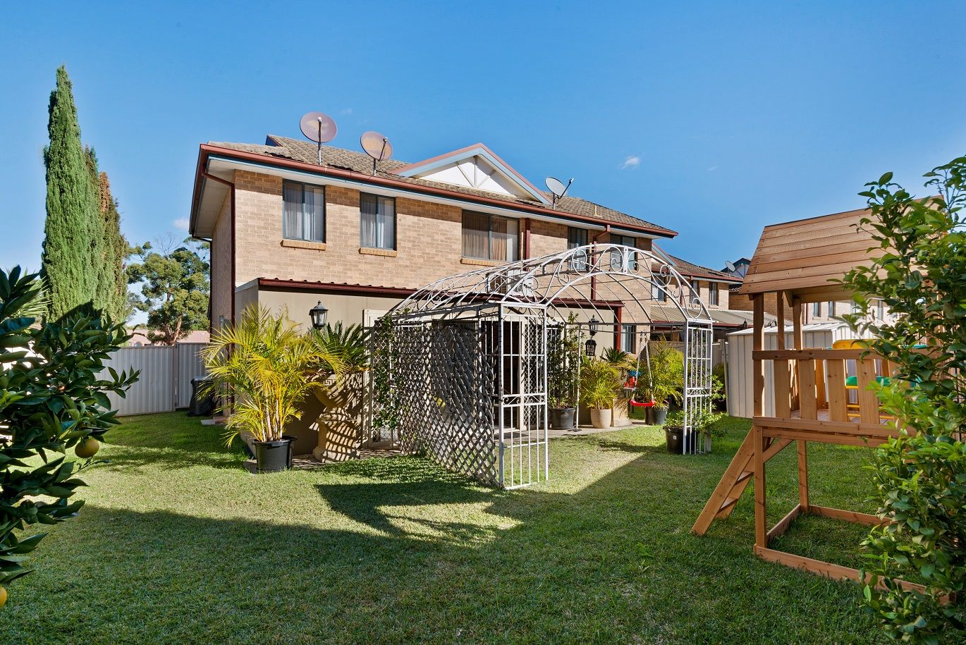 11/16A Balmoral Crescent, Georges Hall NSW 2198