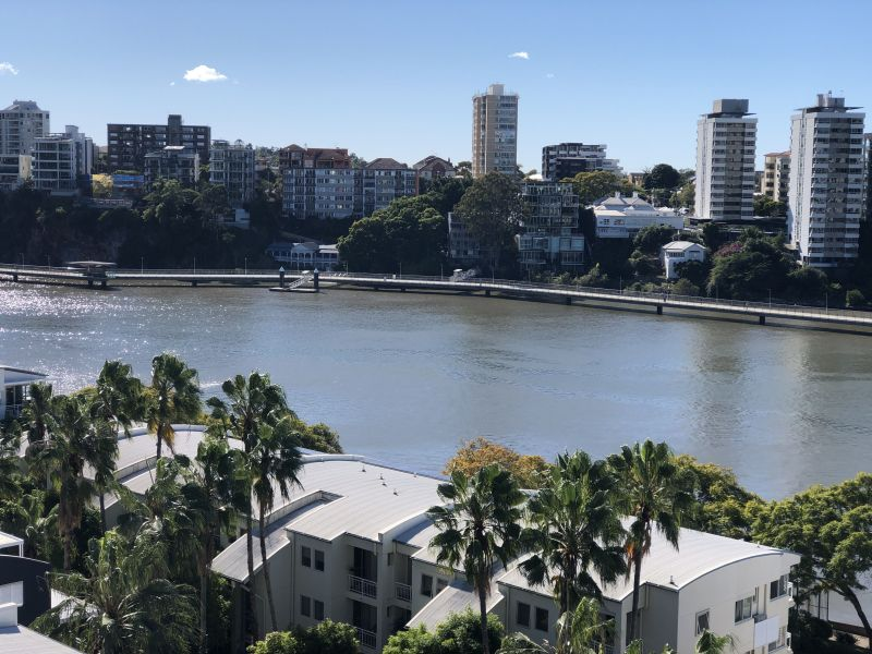 For Sale By Owner: 5072/55 Baildon Street, Kangaroo Point, QLD 4169
