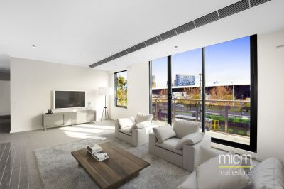 Low-rise Luxury with Outstanding CBD Views