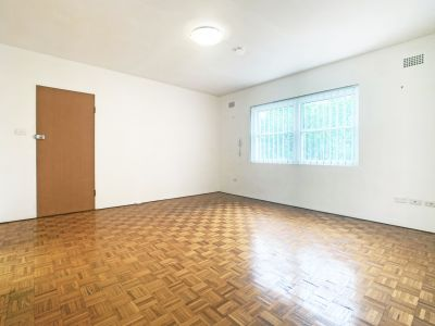 Spacious Two Bedroom Apartment in Fantastic Location! NEW Kitchen to be installed.