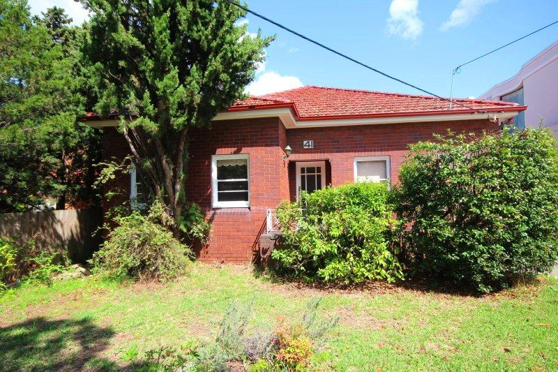 41 Wallis Avenue, Strathfield NSW 2135