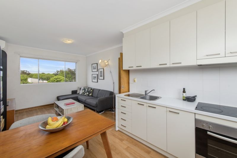 For Sale By Owner: 9/115 Knox Street, Watson, ACT 2602