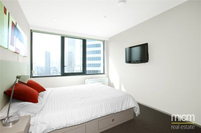 City Tempo: 17th Floor - Fantastic Inner City Apartment!