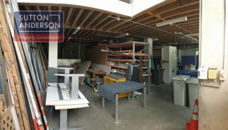 Office/Warehouse for Sale in Prime Location
