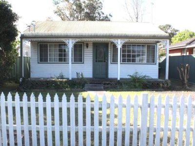 Comfortable Umina cottage in good condition