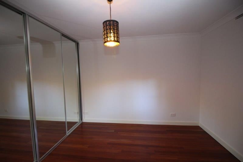 FULLY RENOVATED GROUND FLOOR UNIT