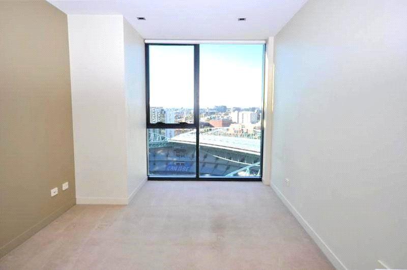 Victoria Point: 26th Floor - Stunning Studio Awaits!