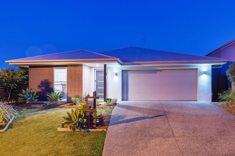 ATTENTION ALL SAVVY BUYERS - move in before Xmas!