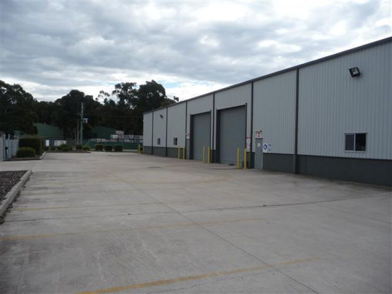 Tidy Tomago Warehouse/Workshop
