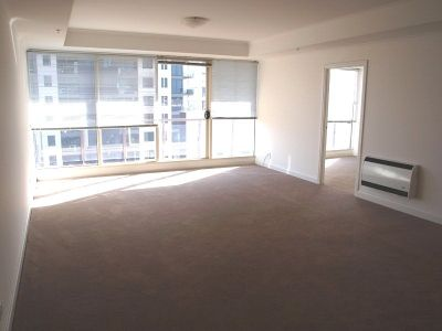 The Boulevarde: 9th Floor - Fantastic Central Location!