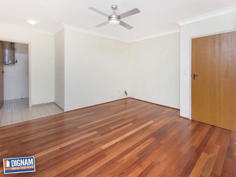 8/2 The Avenue, Corrimal NSW