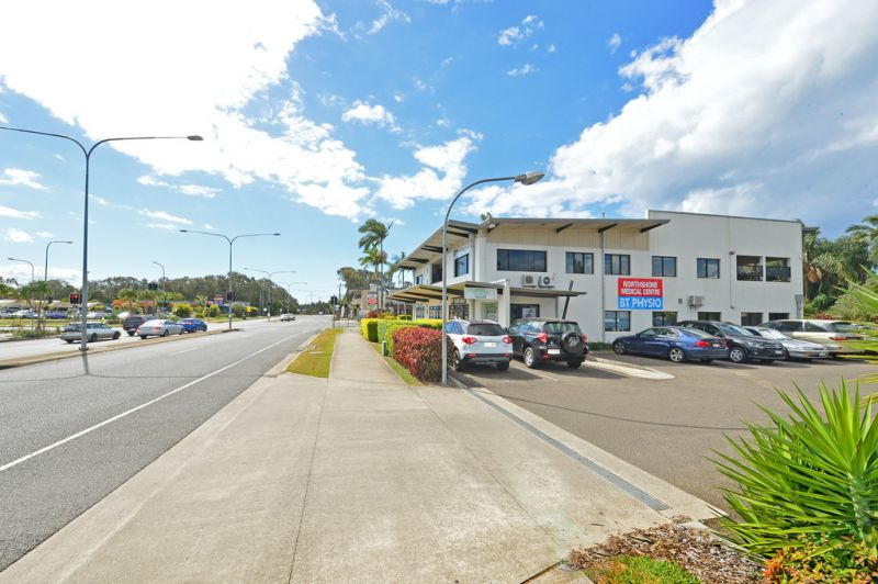 Modern Office With Fit Out In Central Mudjimba Location