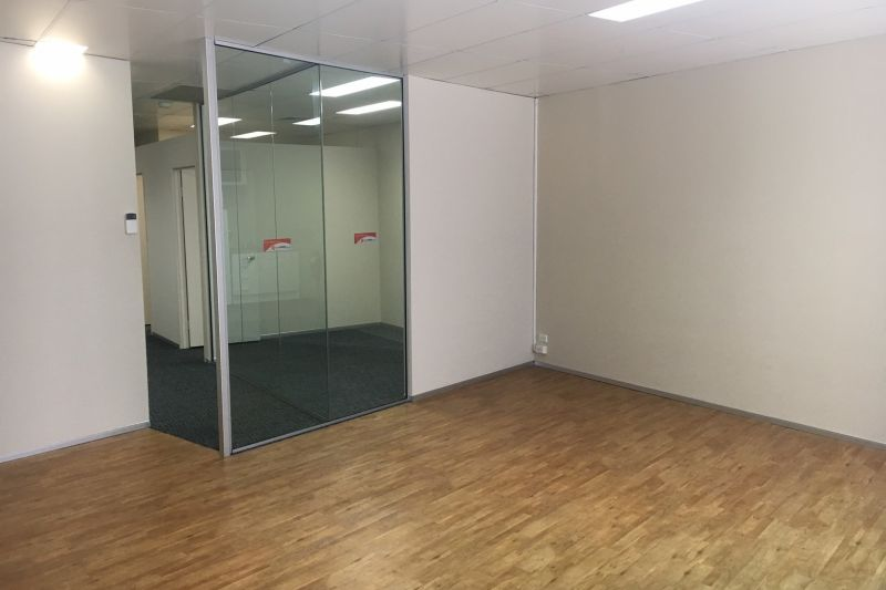 79m2 OFFICE SPACE AT THE TOP END OF TOWN