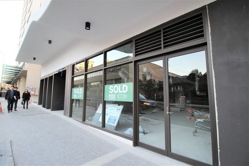 BRAND NEW RETAIL - IDEAL FOR FOOD!