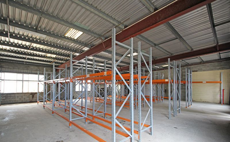 Budget, versatile industrial warehouse space
