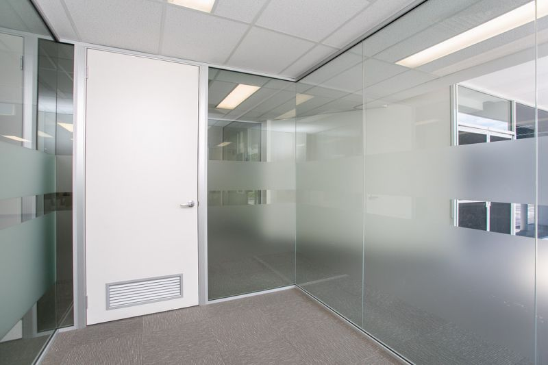 PERFECTLY LOCATED OFFICE