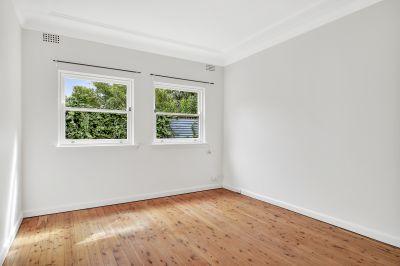 Ground Floor Apartment in Convenient Location
