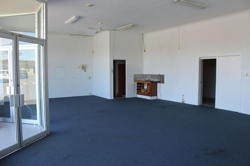RETAIL OPPORTUNITY ON PARK BEACH ROAD
