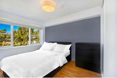 Modern Apartment / Ultra convenient location