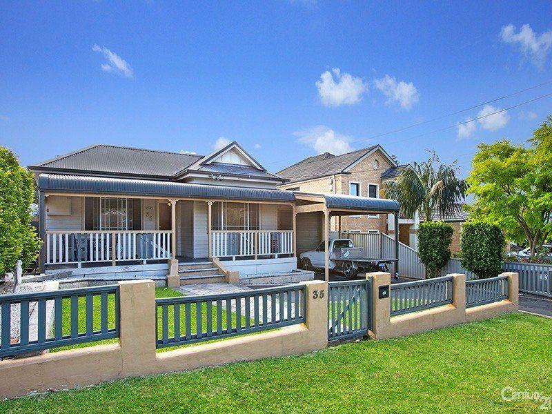 35 Kenneth Avenue, Kirrawee NSW 2232
