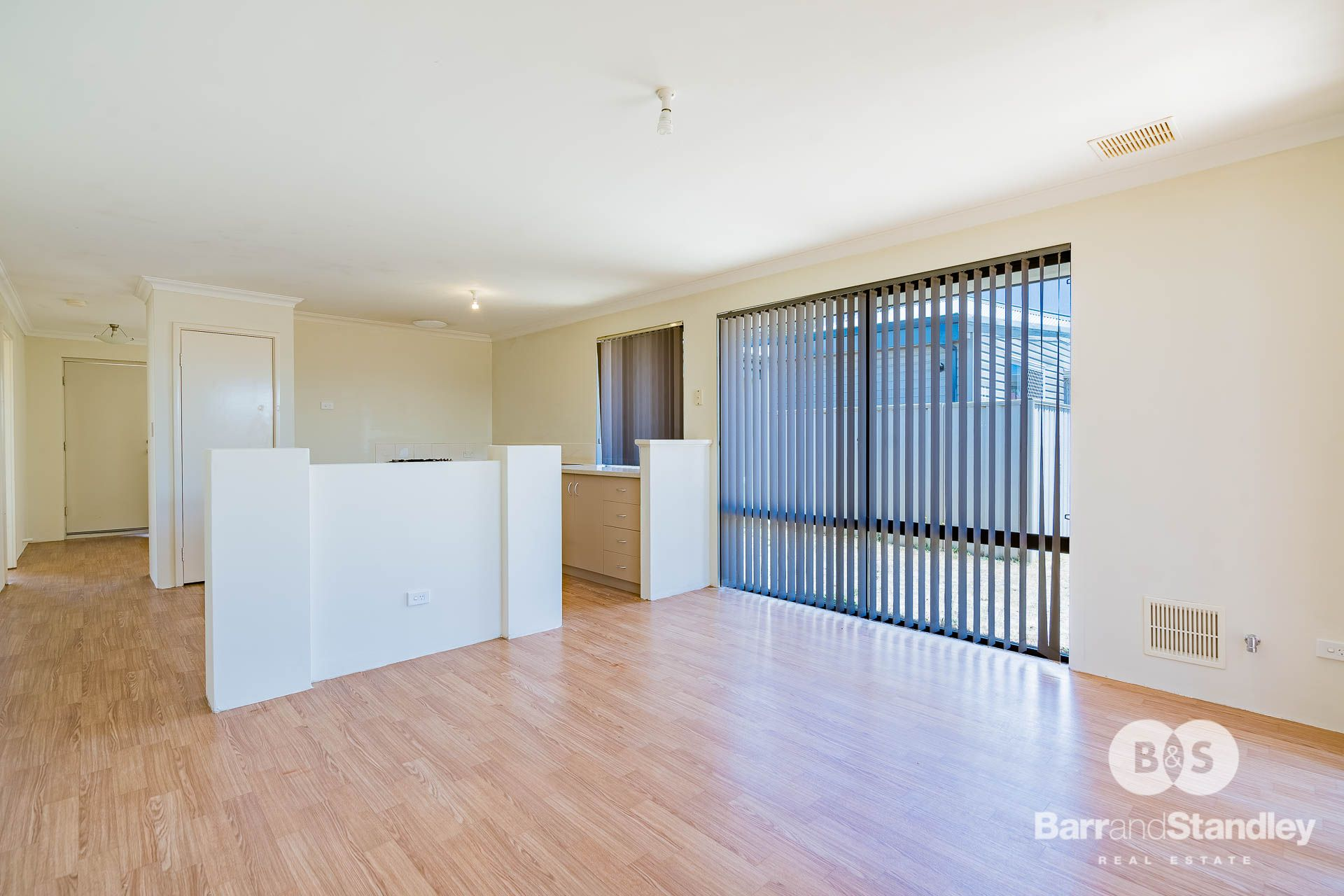 13A Little Street, Carey Park