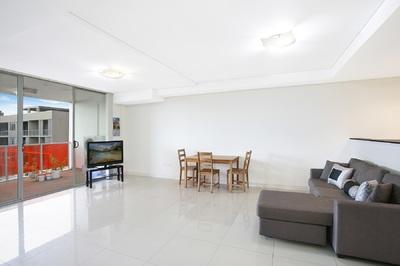 Spacious Contemporary 1br Apartment