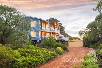 7 Otranto Close, Eagle Bay
