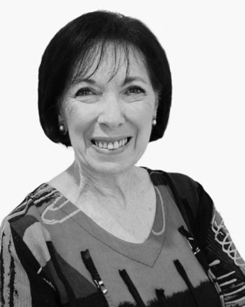 Julie Cameron Real Estate Agent
