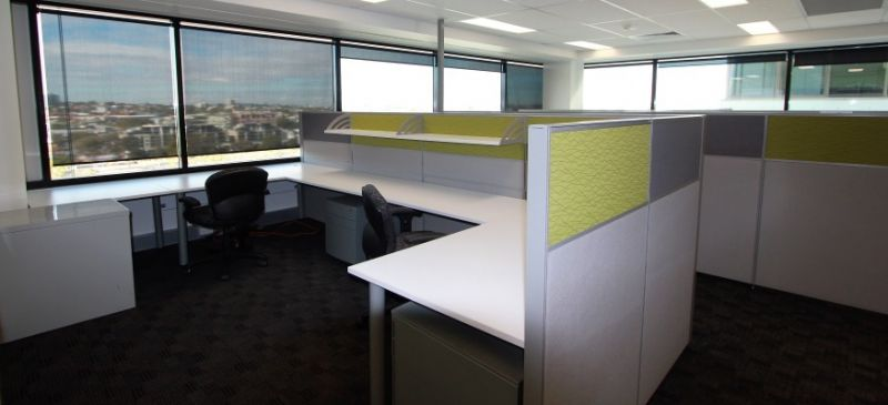 LARGE FULLY FITTED OFFICE SPACE