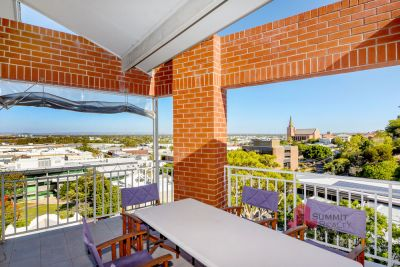 Penthouse overlooking the best of Bunbury!