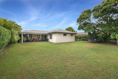 WILL BE SOLD SATURDAY - OWNERS BOUGHT ELSEWHERE, PRIME 650m block