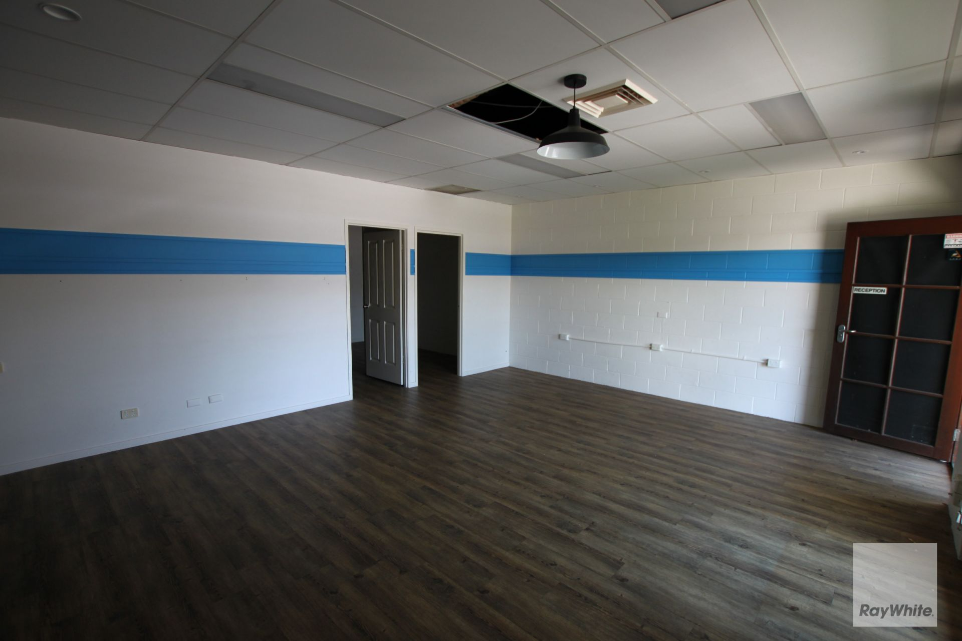 Retail/Office Opportunity on Busy Brisbane Road   Lease