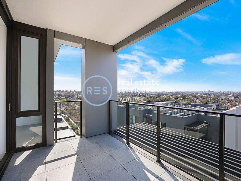 Stunning Top-Floor 2 Bedroom Apartment with Parking in Marrickville
