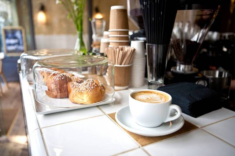 Cafe and Takeaway. Chadstone next to the TAFE $28,880