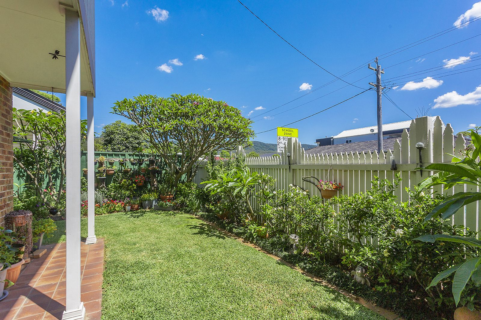 15 Corinda Road, Woonona NSW