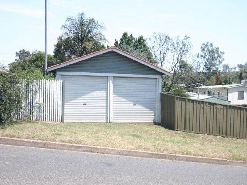 11 White Avenue, Singleton