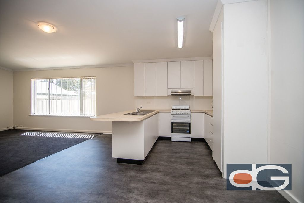 11 Isted Ave, Hamilton Hill
